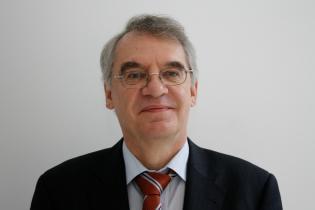 Portrait Rainer Karlsch